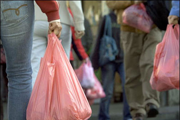UP govt decides to ban plastic bags