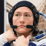 World record for longest single spaceflight by woman